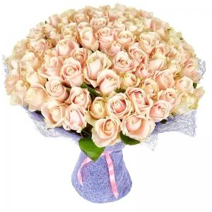 из 101 кремовой розы
