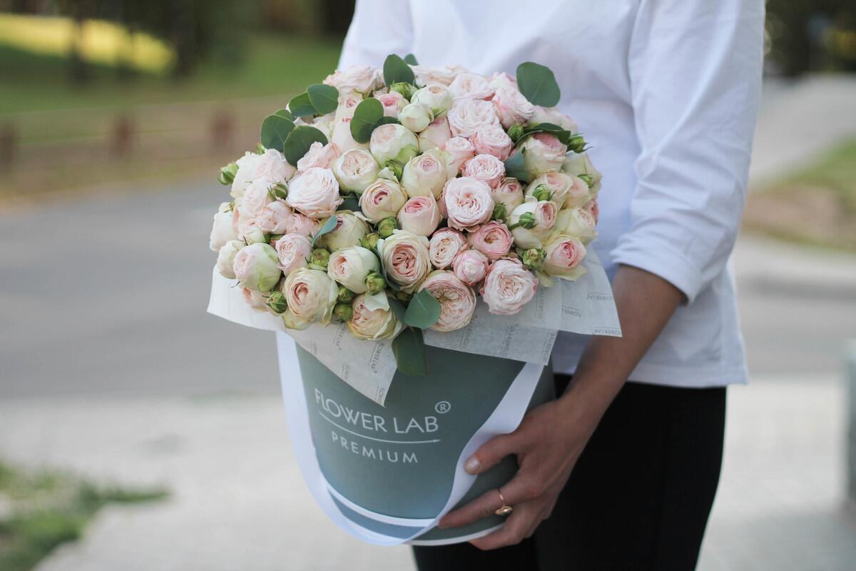 """Цветы в коробке """"Мэнсфилд парк"""""""