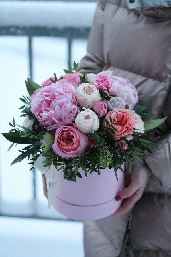 """Цветы в коробке """"Нежная страсть"""""""