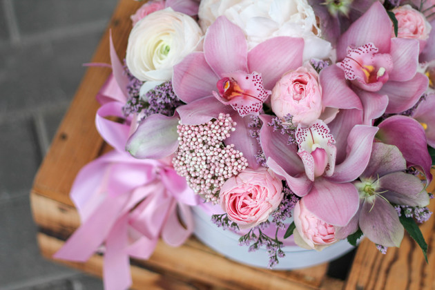 """Цветы в коробке """"Нежный бархат"""""""