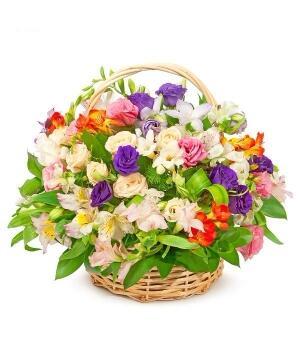 """Цветы в корзине """"Цветочная феерия"""""""