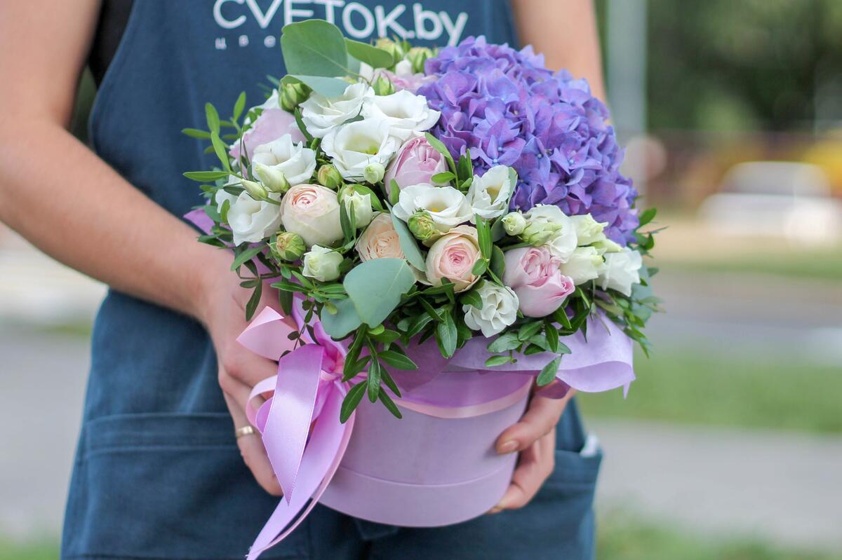 """Цветы в шляпной коробке """"Прованс"""""""