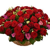 Корзина с цветами ''Сладкая страсть''