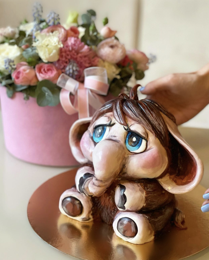 3D форменный торт