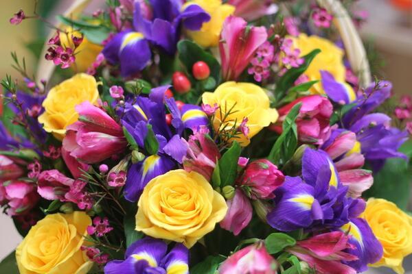 Корзина цветов ''От всей души''