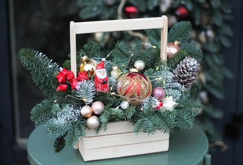 """Композиция новогодняя """"Дед Мороз и Лето"""""""