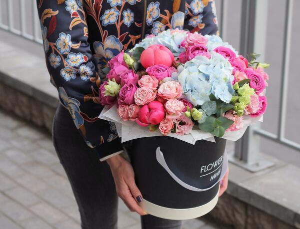 "Цветы в коробке ""Артемида"""