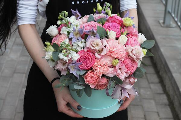 """Цветы в коробке """"Яркое лето"""""""