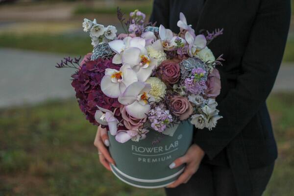 """Букет цветов в коробке """"Лимониум"""""""