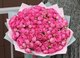 "Букет роз ""Мисти Баблс"""