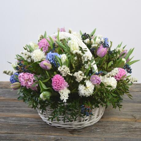Корзина цветов ''Весенний вальс''